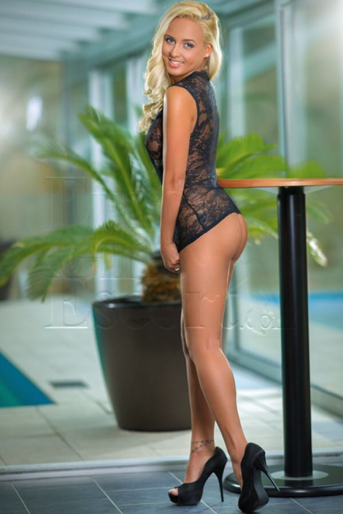Escort Connie - top girls from Prague